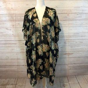 Brandy Melville floral kimono, EUC.